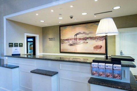 фото Hampton Inn & Suites - Vicksburg 607050072