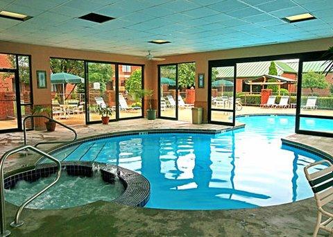 фото Comfort Suites Parkersburg South 607107595