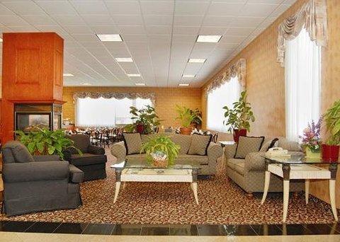 фото Comfort Inn & Suites Downtown 607281300