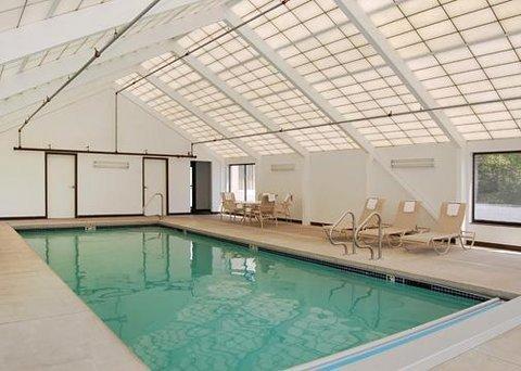 фото Comfort Inn & Suites Downtown 607281303