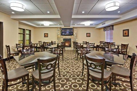 фото Holiday Inn Express Hotel & Suites Pekin 607344288