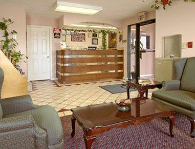 фото Lakeside Inn 607352624