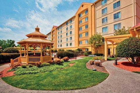 фото La Quinta Inn & Suites Winston-Salem 607578756