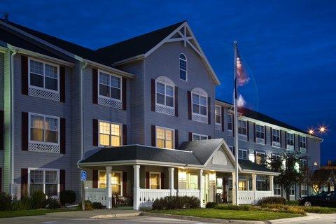 фото Country Inn & Suites - Cedar Falls 607618735
