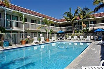 фото Motel 6 Farmington 609182389