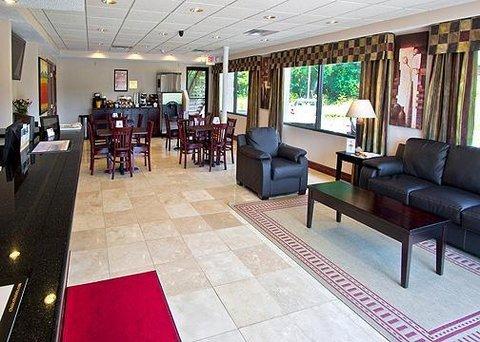 фото Econo Lodge Mount Laurel 609185855