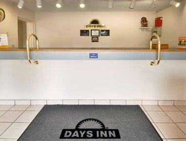 фото Days Inn Oswego 609196953