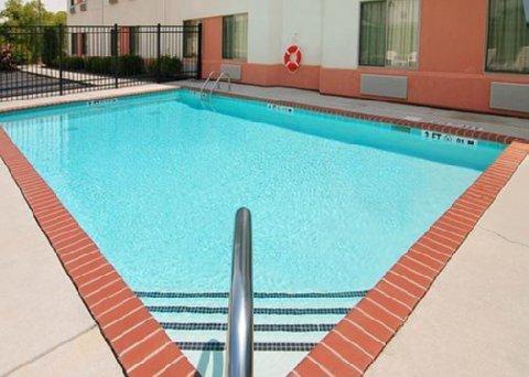 фото Sleep Inn & Suites Athens 609272030