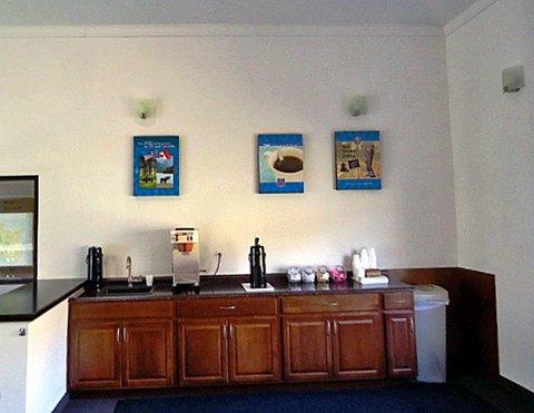 фото Motel 6 Pittsburgh Airport 609320018
