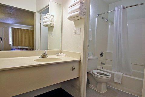 фото Motel 6 Hayward 609327488