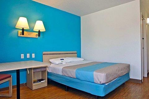 фото Motel 6 Mobile West - Tillmans Corner 609342897