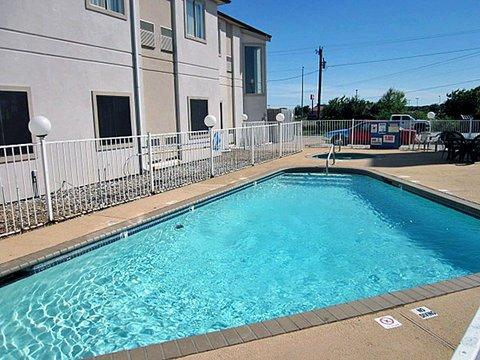 фото Motel 6 Terrell 609346980