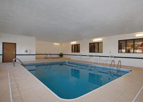 фото Comfort Inn Coralville 609366224