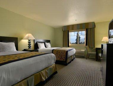 фото Ramada Inn & Plaza Harbor Conference Center 609383155