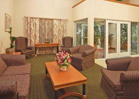 фото Comfort Suites Roseville Galleria 609428435