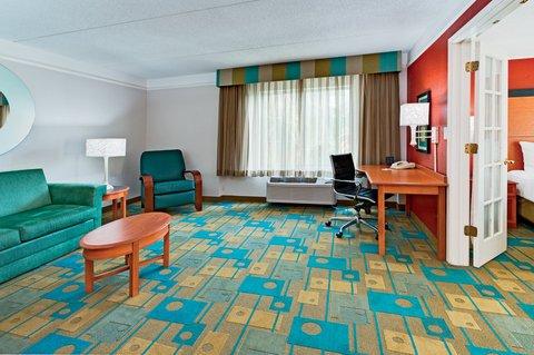 фото La Quinta Inn & Suites Lakeland West 609458252