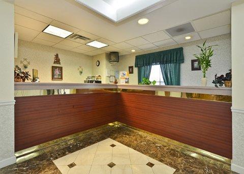 фото Econo Lodge Inn & Suites Marietta 609521721