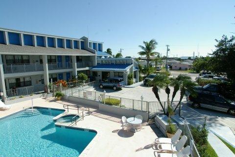 фото Dockside Inn & Resort 609522548