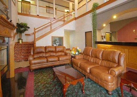 фото Comfort Suites Vincennes 609544174