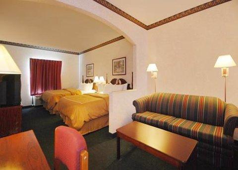 фото Comfort Suites Vincennes 609544175
