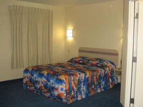 фото Americas Best Value Inn Kingdom City 609562487