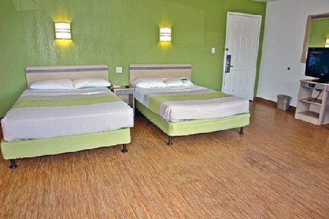 фото Motel 6 Milwaukee West - Brookfield 609585634