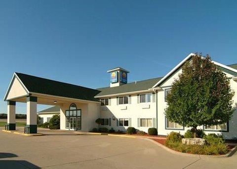 фото Comfort Inn Dyersville 609633642