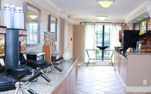 фото La Quinta Inn New Orleans West Bank Gretna 609633909