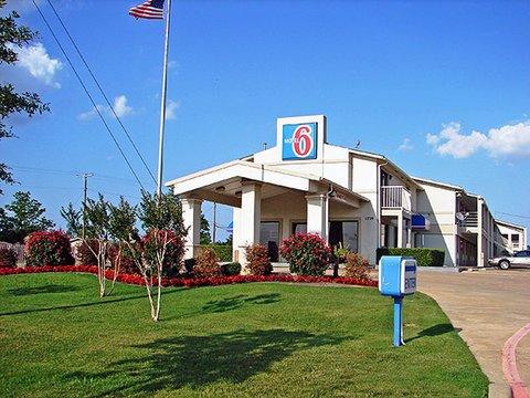 фото Motel 6 Dallas DeSoto Lancaster 609641469