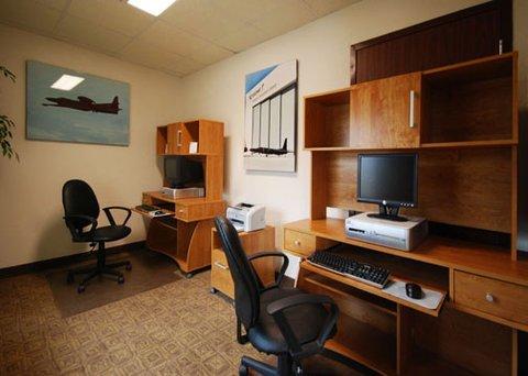 фото Comfort Inn and Suites Robins AFB 609660046