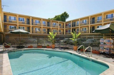 фото 3 Palms Napa Valley Hotel & Suites At The Napa River 609667711