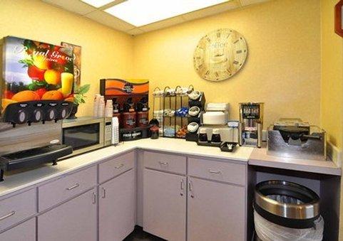 фото Quality Inn & Suites Panama City 609679209