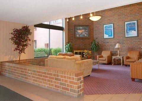 фото Comfort Inn 609742294