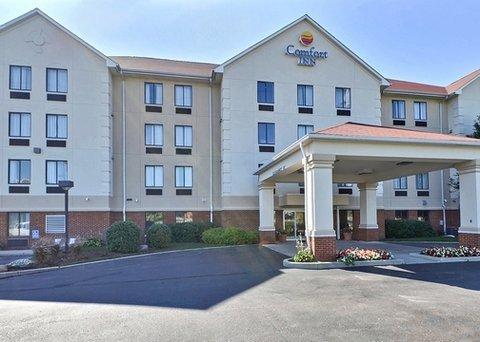 фото Comfort Inn East 609797021