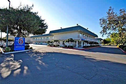 фото Motel 6 Tracy 609828238