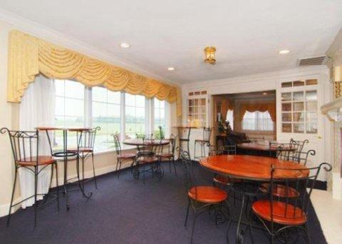 фото Quality Inn at General Lee`s Headquarters 609852240