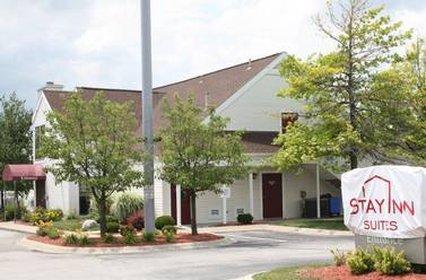 фото Hawthorn Suites by Wyndham Fort Wayne 609853656