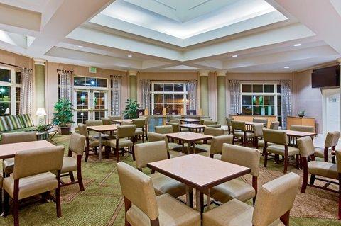 фото La Quinta Inn & Suites Jacksonville Butler Boulevard 609864472