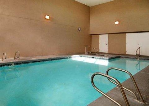 фото Econo Lodge Old Town Albuquerque 609884682