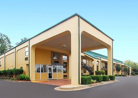 фото Comfort Inn McComb 609903932