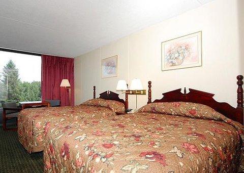 фото Econo Lodge Inn & Suites Outlet Village 609921034