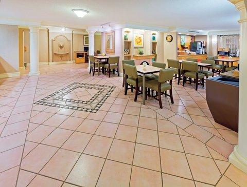 фото La Quinta Inn Lubbock - Downtown Civic Center 609925670