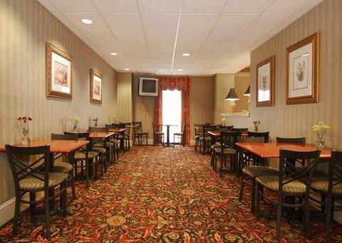 фото Comfort Suites University Area 609936614