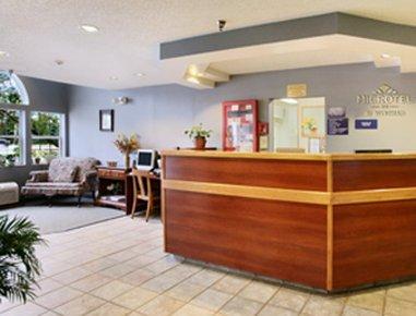 фото Microtel Inn Calcium/Ft. Drum 609955493
