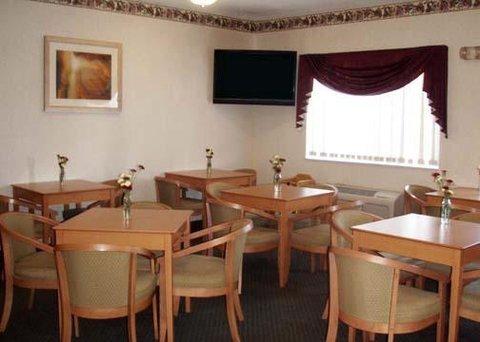 фото Comfort Inn Dubuque 609963015