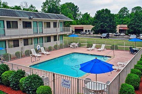 фото Rodeway Inn Memphis 609993371