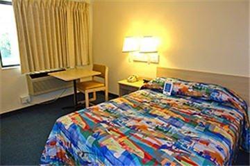 фото Motel 6 Santa Ana 610174677