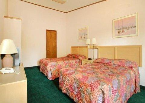 фото Econo Lodge Norwalk 610258902