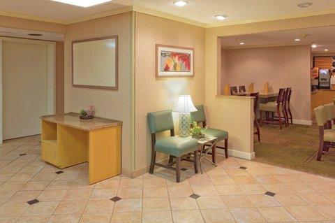 фото La Quinta Inn & Suites Meridian 610271096