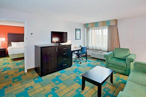 фото La Quinta Inn & Suites Mansfield, OH 610290582